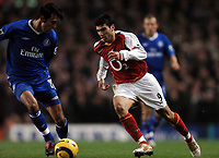Photo: Javier Garcia/Back Page Images<br />Arsenal v Chelsea, FA Barclays Premiership, Highbury 12/12/04<br />Paolo Ferreira stope Jose Antonio Reyes