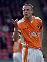 Photo: Paul Thomas.<br /> Blackpool v Swansea City. Coca Cola League 1. 15/04/2006.<br /> <br /> Blackpool's Peter Clarke blows a kiss to the Swansea fans.