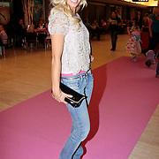 NLD/Den Haag/20110731 - Premiere musical Alice in Wonderland met K3, Yvonne Coldeweyer (Meisje Keet)