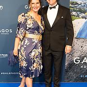 NLD/Amsterdam/20191028 - Koninklijk bezoek Premiere Galapagos, Piet Hellemans en partner