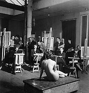 Artist class, Euston Road School of Art, 1940s Euston School of Drawing and Painting in London between 1937 and 1939