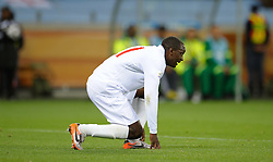 18.01.2010, Green Point Stadium, Cape Town, RSA, FIFA WM 2010, England (ENG) vs Algeria (ALG), im Bild A dejected Emile Heskey of England. EXPA Pictures © 2010, PhotoCredit: EXPA/ IPS/ Marc Atkins / SPORTIDA PHOTO AGENCY
