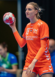 Kelly Dulfer of Netherlands in action during the Women's friendly match between Netherlands and Slovenia at De Maaspoort on march 19, 2021 in Den Bosch, Netherlands (Photo by RHF Agency/Ronald Hoogendoorn)