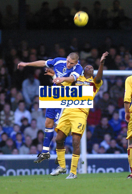 Photo: Dave Linney.<br />Cardiff City v Burnley. Coca Cola Championship. 11/11/2006. Cardiff's  Darren Purse(L) beats  Gifton Noel Williams to the ball.