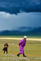 Mongolie, province de Uvs, région de l'ouest, nomades dans la steppe // Mongolia, Uvs province, western Mongolia, nomads in the steppe