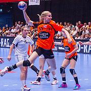 NLD/Den Bosch/20160604 - EK Kwalificatiewedstrijd handbal Nederland - Oostenrijk, nr.10 Danick Schneider