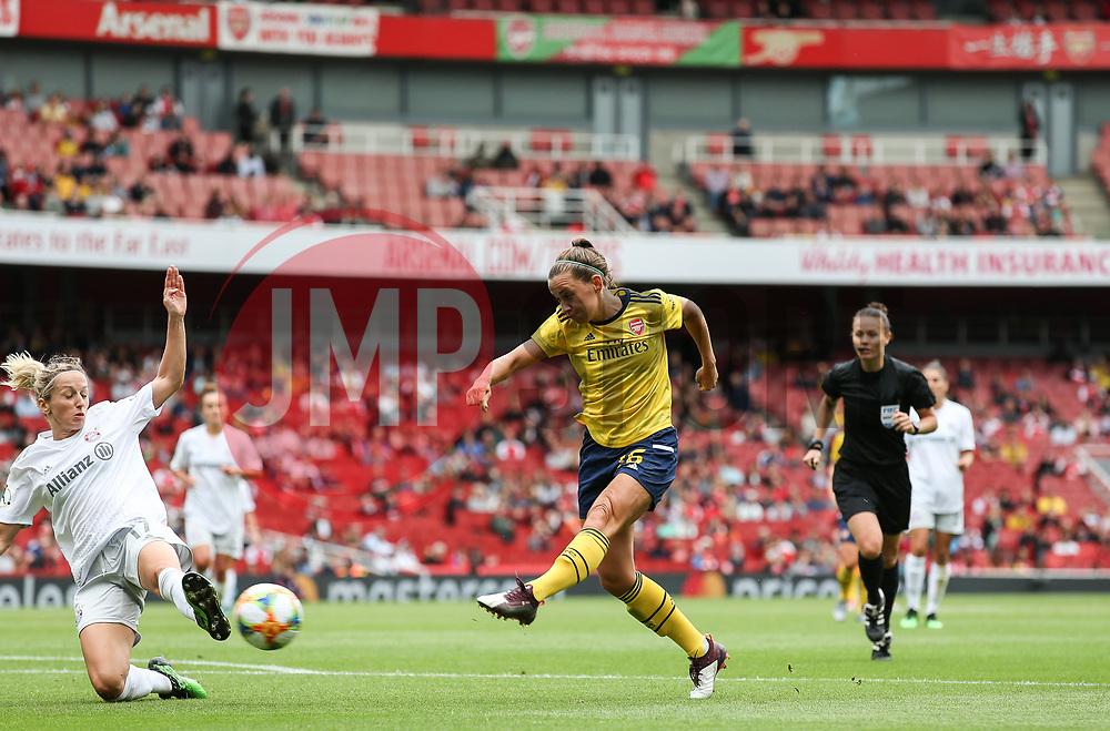 Katie McCabe of Arsenal has a shot blocked by Kathrin Hendrich of Bayern Munich - Mandatory by-line: Arron Gent/JMP - 28/07/2019 - FOOTBALL - Emirates Stadium - London, England - Arsenal Women v Bayern Munich Women - Emirates Cup
