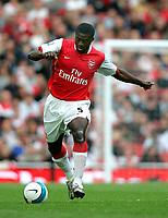 Photo: Tom Dulat.<br /> Arsenal v Bolton Wanderers. The FA Barclays Premiership. 20/10/2007.<br /> Kolo Toure of Arsenal with the ball.