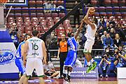 DESCRIZIONE : Milano Final Eight Coppa Italia 2014 Finale Montepaschi Siena - Dinamo Banco di Sardegna Sassari<br /> GIOCATORE : Marques Haynes<br /> CATEGORIA : Tiro<br /> SQUADRA : Montepaschi Siena<br /> EVENTO : Final Eight Coppa Italia 2014 Milano<br /> GARA : Montepaschi Siena - Dinamo Banco di Sardegna Sassari<br /> DATA : 09/02/2014<br /> SPORT : Pallacanestro <br /> AUTORE : Agenzia Ciamillo-Castoria / Luigi Canu<br /> Galleria : Final Eight Coppa Italia 2014 Milano<br /> Fotonotizia : Milano Final Eight Coppa Italia 2014 Finale Montepaschi Siena - Dinamo Banco di Sardegna Sassari<br /> Predefinita :