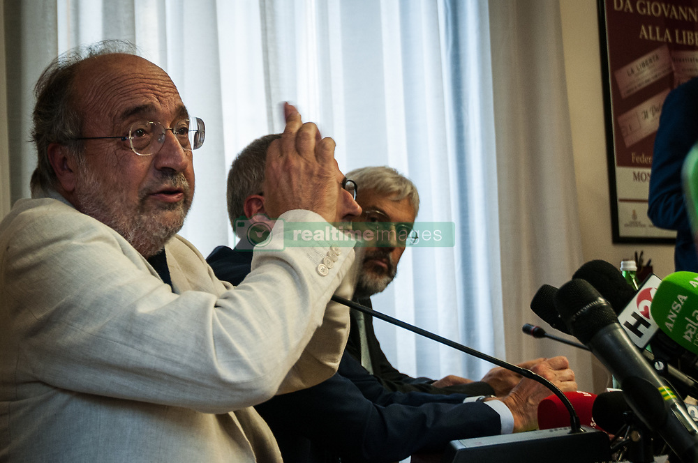 October 9, 2018 - Rome, Italy, Italy - Giuseppe Giulietti during The National Federation of the Italian Press press conference together with the editorial committees mobilized against the attacks of the vice-premier Luigi Di Maio against La Repubblica, L'Espresso and the newspapers of the Gedi Group. various trade associations are members, including the Usigrai and the Order of Journalistson October 9, 2018 in Rome, Italy  (Credit Image: © Andrea Ronchini/NurPhoto via ZUMA Press)