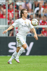 04.08.2015, Allianz Arena, Muenchen, GER, AUDI CUP, Real Madrid vs Tottenham Hotspur, im Bild Luka Modric (Real Madrid CF #19) // during the 2015 Audi Cup Match between Real Madrid and Tottenham Hotspur at the Allianz Arena in Muenchen, Germany on 2015/08/04. EXPA Pictures © 2015, PhotoCredit: EXPA/ Eibner-Pressefoto/ Schueler<br /> <br /> *****ATTENTION - OUT of GER*****
