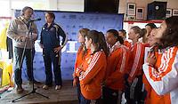 ABCOUDE - VOLVO JUNIOR CUP hockey . Abcoude C1 , met Alyson Annan als coach,  met Edwin Alblas, en Heerhugowaard strijden in Abcoude om de cup. Heerhugowaard wint met 3-1. De teams werden gesteund door spelers van Jong Oranje. COPYRIGHT KOEN SUYK