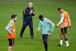 (L-R) Davy Propper of Holland, coach Dick Advocaat of Holland, Georginio Wijnaldum of Holland, Memphis Depay of Holland during a training session prior to the friendly match between Romania and The Netherlands on November 13, 2017 at Arena National in Bucharest, Romania