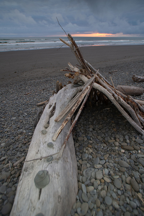 Driftwood Shelter, Kalaloch, Olympic Peninsula, Washington, US
