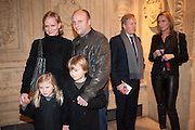 HERMIONE NORRIS; SIMON WHEELER; & CHILDREN; BEHIND: PAUL MUNFORD; CHARLOTTE MUNFORD , KOOZA, CIRQUE DU SOLEIL  Royal Albert Hall Kensington Gore London. 8 January 2012.