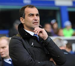 Everton Manager, Roberto Martinez - Photo mandatory by-line: Dougie Allward/JMP - Tel: Mobile: 07966 386802 23/11/2013 - SPORT - Football - Liverpool - Merseyside derby - Goodison Park - Everton v Liverpool - Barclays Premier League