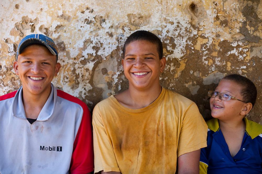 Esmeraldas_MG, Brasil...Retrato de criancas moradores da comunidade rural da Laginha em Esmeraldas, Minas Gerais...The children portrait, they live in the rural community Laginha in Esmeraldas, Minas Gerais. ..Foto: JOAO MARCOS ROSA / NITRO