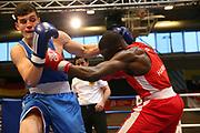 Boxen: Elite, Deutsche Meisterschaften, Viertelfinale, Lübeck, 07.12.2017<br /> Mittelgewicht 75 Kg: Ike Schmidt (Hamburg) - Artur Beck-Ohanyan (Mecklenburg-Vorpommern)<br /> © Torsten Helmke