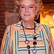 NLD/Hilversum/20120821 - Perspresentatie RTL Nederland 2012 / 2013, Golden Girls, Cecile Heuer
