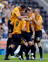 Photo: Jed Wee/Sportsbeat Images.<br /> Hull City v Norwich City. Coca Cola Championship. 25/08/2007.<br /> <br /> Hull celebrate after Dean Windass (9) gives them the lead.