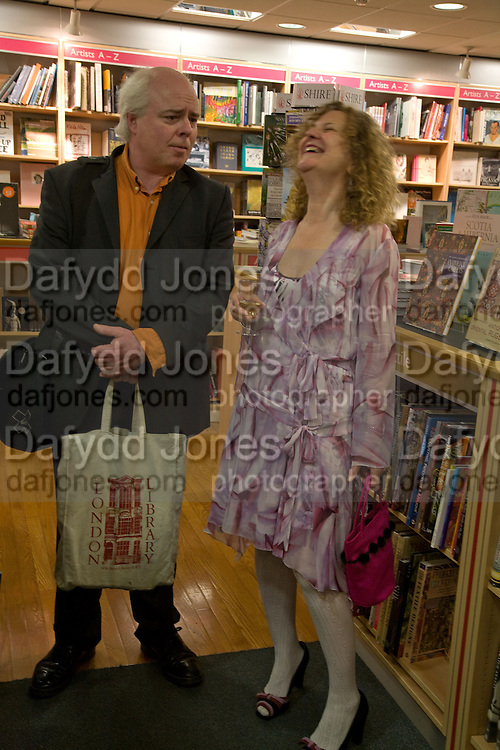 FRANCIS WHEEN AND HIS EX WIFE JOAN SMITH, Andrew Hosken - book launch party for 'Ken'<br />Foyles Gallery, 113-119 Charing Cross Road, London, 22 April 2008.  *** Local Caption *** -DO NOT ARCHIVE-© Copyright Photograph by Dafydd Jones. 248 Clapham Rd. London SW9 0PZ. Tel 0207 820 0771. www.dafjones.com.