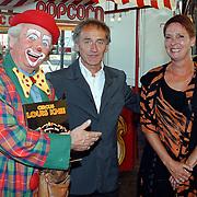 Premiere circus Louis Knie Den Haag, Karel de Rooy met zijn vrouw