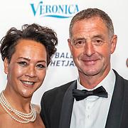 NLD/Hilversum/20190902 - Voetballer van het jaar gala 2019, Ernie Brandts en partner Amy