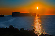 Rocher percé  (Percé Rock)  and the Atlantic Ocean at sunrise<br /> Percé <br /> Quebec<br /> Canada