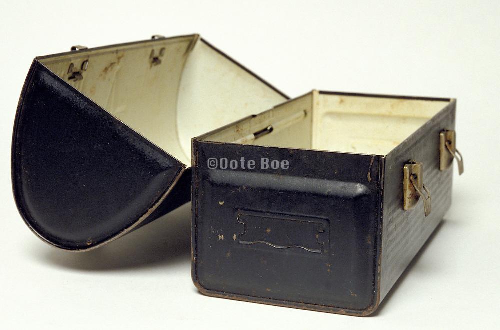 open lunch box