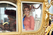 Ook dit jaar rijdt Hare Majesteit de Koningin op Prinsjesdag in de Gouden Koets naar het Binnenhof in Den Haag en spreekt tijdens de verenigde vergadering van de Staten-Generaal in de Ridderzaal de troonrede uit. In de troonrede staan de belangrijkste plannen van de regering voor het komende jaar. De vergadering wordt bijgewoond door de ministers en de staatssecretarissen, door vertegenwoordigers van het Corps Diplomatique en de Hoge Colleges van Staat (Raad van State, Algemene Rekenkamer, Nationale Ombudsman, Kabinet der Koningin, Hoge Raad van Adel en Kanselarij der Nederlandse Orden) en door andere vertegenwoordigers uit diverse sectoren van de samenleving.ANP COPYRIGHT HENDRIK JAN VAN BEEK