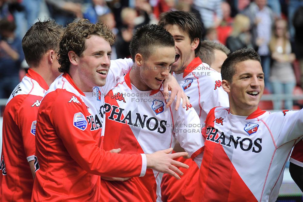 16-05-2010 VOETBAL: FC UTRECHT - RODA JC: UTRECHT<br /> FC Utrecht verslaat Roda in de finale van de Play-offs met 4-1 en gaat Europa in / Ricky van Wolfswinkel, Michael Silberbauer, Dries Mertens en Barry Maguire<br /> ©2010-WWW.FOTOHOOGENDOORN.NL