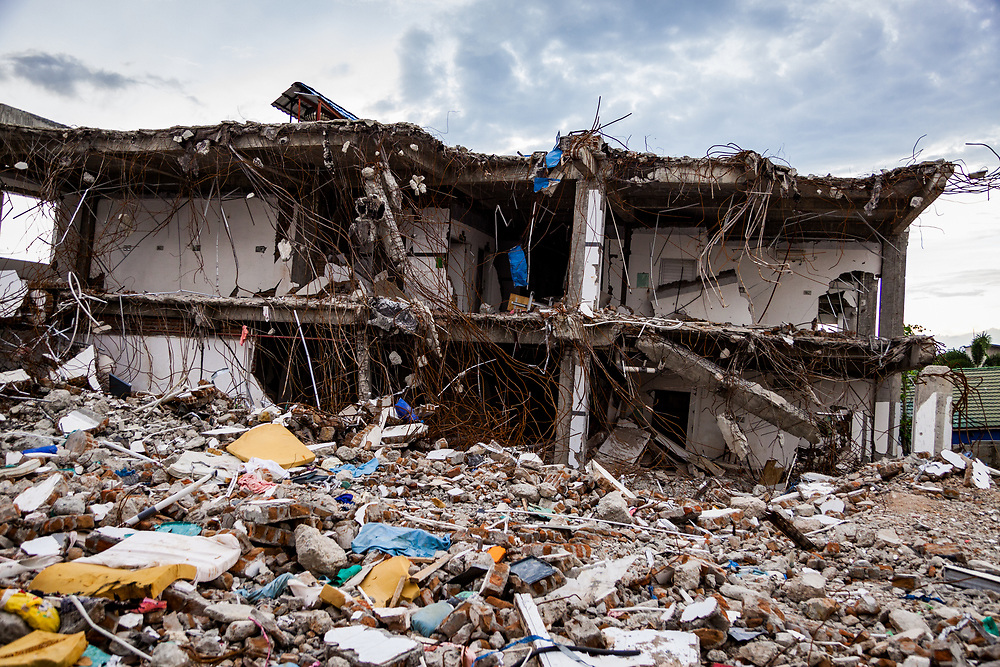 November 28, 2018.  A building at Anutapura hospital destroyed when an earthquake of 7.5 earthquake magnitude that hit off the coast of Donggala, Palu Sulawesi Central, Indonesia on Sept. 28, 2018. (ADB Photo, Andri Tambunan)