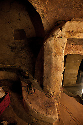 Castellaneta, marzo 2013.Ipogeo, antica struttura scavata sottoterra