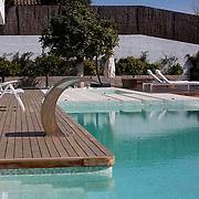 Modern Pool 792
