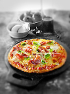Whole prosciutto pizza