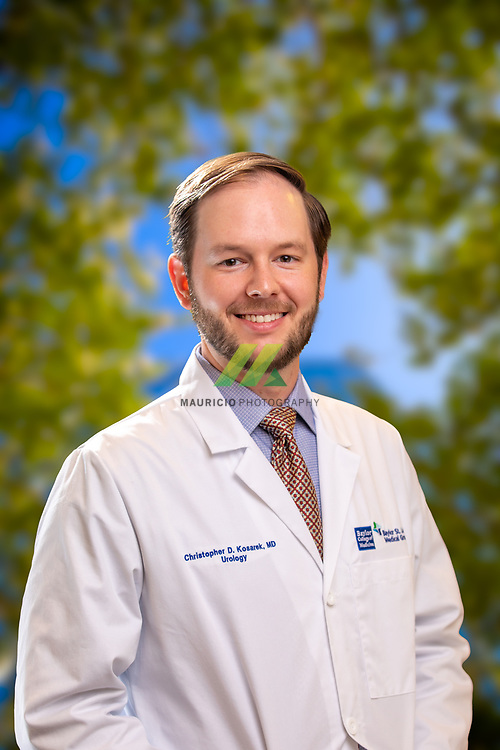 Dr. Christopher Kosarek is an urologist in CHI St Luke's  in The Woodlands, Texas.