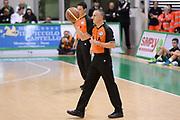 DESCRIZIONE : Siena Lega A 2013-14 Montepaschi Siena Umana Venezia<br /> GIOCATORE : arbitro pregame<br /> CATEGORIA : palla<br /> SQUADRA : Montepaschi Siena<br /> EVENTO : Campionato Lega A 2013-2014<br /> GARA : Montepaschi Siena Umana Venezia<br /> DATA : 11/11/2013<br /> SPORT : Pallacanestro <br /> AUTORE : Agenzia Ciamillo-Castoria/GiulioCiamillo<br /> Galleria : Lega Basket A 2013-2014  <br /> Fotonotizia : Siena Lega A 2013-14 Montepaschi Siena Umana Venezia<br /> Predefinita :