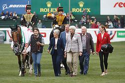 Hello Sanctos, Lady Kirkham, Lady Harris, Lord Harris winner of the CP International Grand Prix presented by Rolex<br /> Spruce Meadows Masters - Calgary 2015<br /> © Hippo Foto - Dirk Caremans<br /> 13/09/15