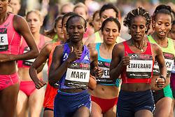 NYRR Oakley Mini 10K for Women: Mary Keitany, Kenya, winner