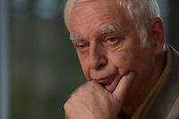 16 DEC 2004, BERLIN/GERMANY:<br /> Adolf Muschg, Schriftsteller und Praesident der Akademie der Kuenste, Berlin, waehrend einem Interview, Akademie der Kuenste<br /> IMAGE: 20041216-03-002<br /> KEYWORDS: Präsident Akademie der Künste