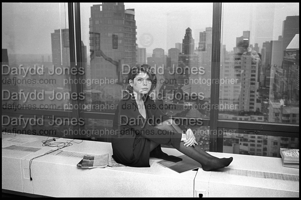 IVANA LOWELL IN MANHATTAN. 1993,<br /> SUPPLIED FOR ONE-TIME USE ONLY> DO NOT ARCHIVE. © Copyright Photograph by Dafydd Jones 248 Clapham Rd.  London SW90PZ Tel 020 7820 0771 www.dafjones.com