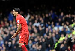 Liverpool's Luis Suarez cuts a dejected figure - Photo mandatory by-line: Dougie Allward/JMP - Tel: Mobile: 07966 386802 23/11/2013 - SPORT - Football - Liverpool - Merseyside derby - Goodison Park - Everton v Liverpool - Barclays Premier League