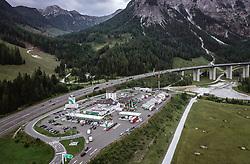 THEMENBILD - Verkehr auf der A10 Tauernautobahn bei der Raststation Landzeit Tauernalm, aufgenommen am 27. Juli 2019 in Flachau, Österreich // Traffic on the A10 Tauernautobahn at the Tauerntunnel, Flachau, Austria on 2019/07/27. EXPA Pictures © 2019, PhotoCredit: EXPA/ JFK