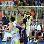 Fenerbahce Ulker's Tarence Anthony KINSEY (R) during their Turkish Basketball league Play Off Final third leg match Fenerbahce Ulker between Efes Pilsen at the Abdi Ipekci Arena in Istanbul Turkey on Tuesday 25 May 2010. Photo by TURKPIX