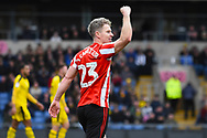 Sunderland midfielder Grant Leadbitter (23) celebrates the first goal from his corner during the EFL Sky Bet League 1 match between Oxford United and Sunderland at the Kassam Stadium, Oxford, England on 9 February 2019.
