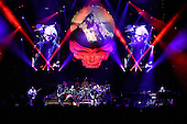 DEAD & COMPANY @ MADISON SQUARE GARDEN 2015