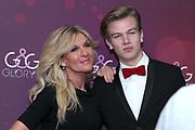 Patricia Boser mit Sohn Kay anlässlich der Glory-Verleihung 2018 am 12. Januar 2019 im Aura Club Zürich.