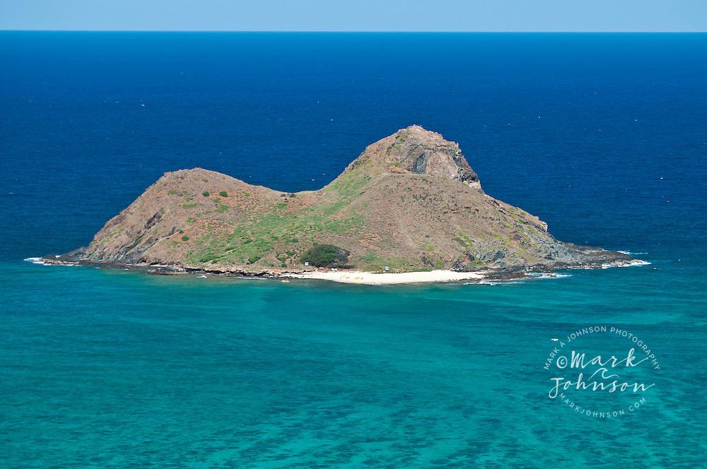 Mokulua Islands, off Lanikai Beach, Kailua Bay, Oahu, HI