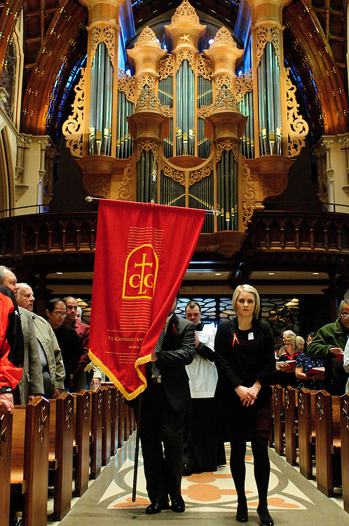 """A procession of judges, law school professors and members of the Catholic Lawyers Guild opens the 78th Annual Votive Mass of the Holy Spirit, or """"Red Mass"""" celebrated at Holy Name Cathedral in Chicago. September 30, 2012 l Brian J. Morowczynski~ViaPhotos..For use in a single edition of Catholic New World Publications, Archdiocese of Chicago. Further use and/or distribution may be negotiated separately. Contact ViaPhotos at 708-602-0449 or email brian@viaphotos.com."""