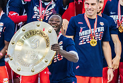 15.05.2016, Red Bull Arena, Salzburg, AUT, 1. FBL, FC Red Bull Salzburg, Meisterfeier, im Bild // during the FC Red Bull Salzburg Champions Party of Austrian Football Bundesliga at the Red Bull Arena, Salzburg, Austria on 2016/05/15. EXPA Pictures © 2016, PhotoCredit: EXPA/ JFK
